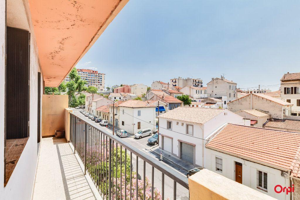 Appartement à vendre 2 67m2 à Marseille 14 vignette-1
