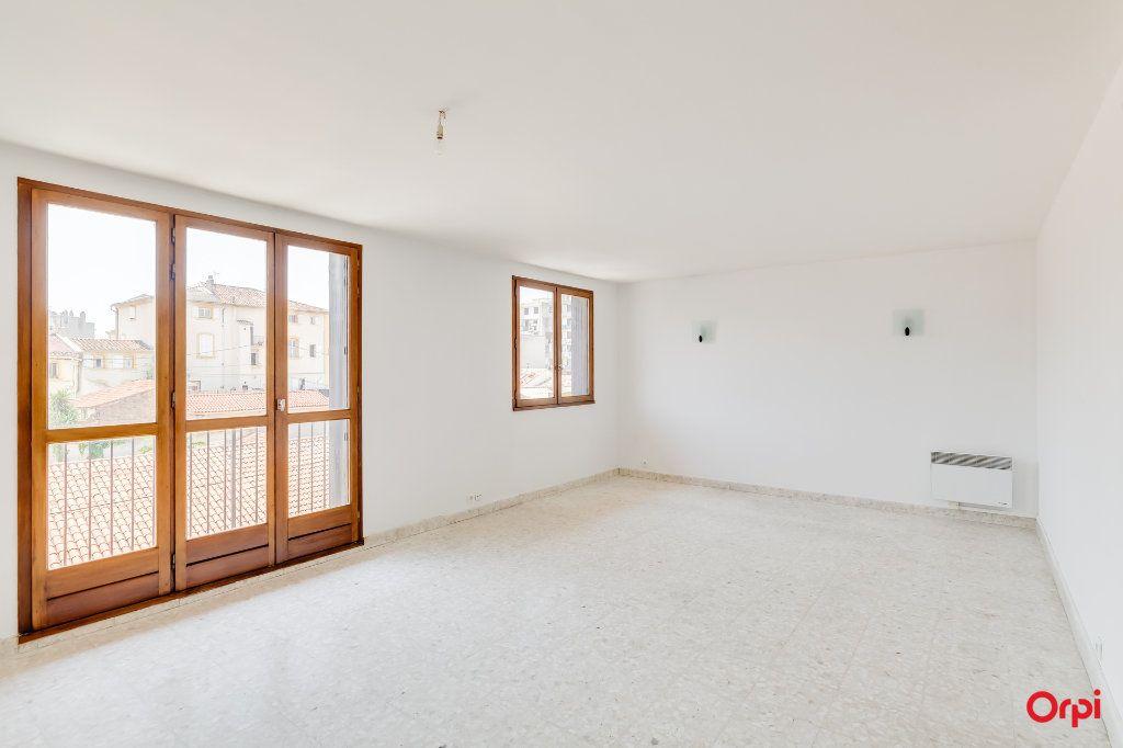 Appartement à vendre 2 67m2 à Marseille 14 vignette-2