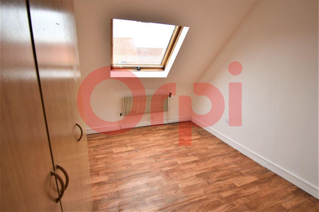 Maison à vendre 4 93m2 à Calais vignette-4