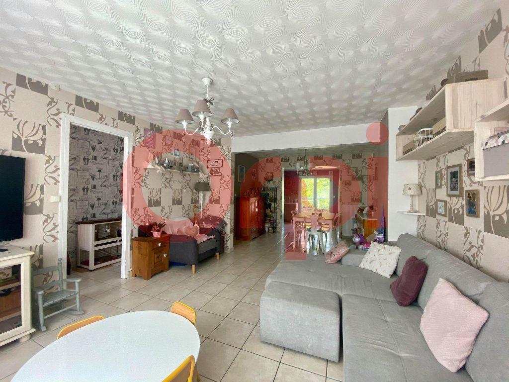 Maison à vendre 5 110m2 à Calais vignette-1