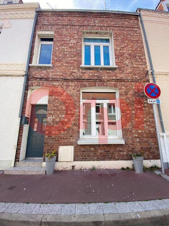 Maison à vendre 5 145m2 à Calais vignette-1