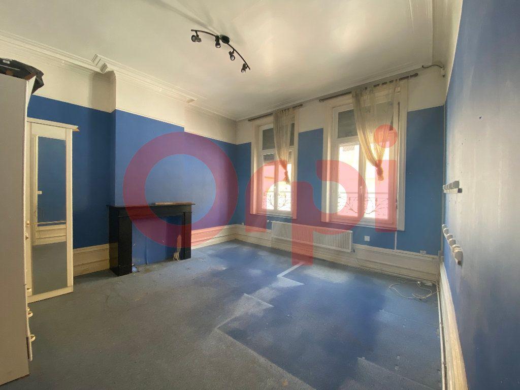 Maison à vendre 7 175m2 à Calais vignette-6