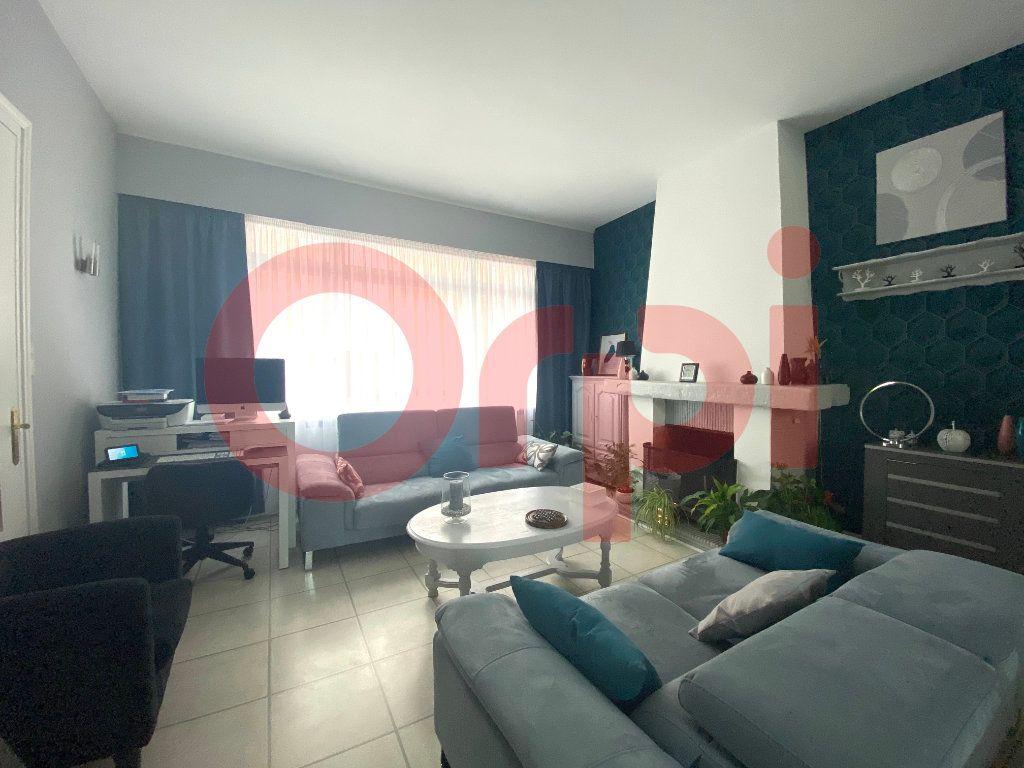 Maison à vendre 5 130m2 à Calais vignette-3