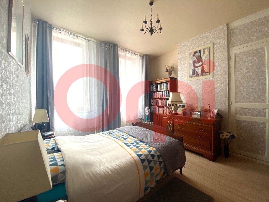 Maison à vendre 5 130m2 à Calais vignette-7