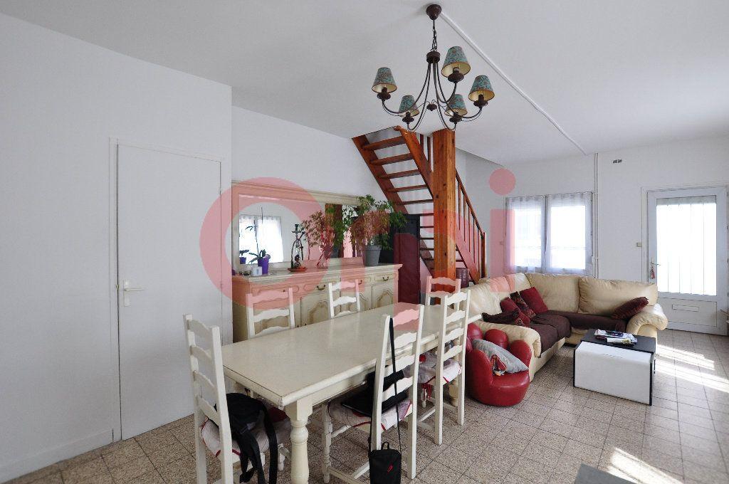 Maison à vendre 3 75m2 à Calais vignette-2