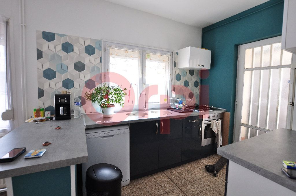Maison à vendre 3 75m2 à Calais vignette-3