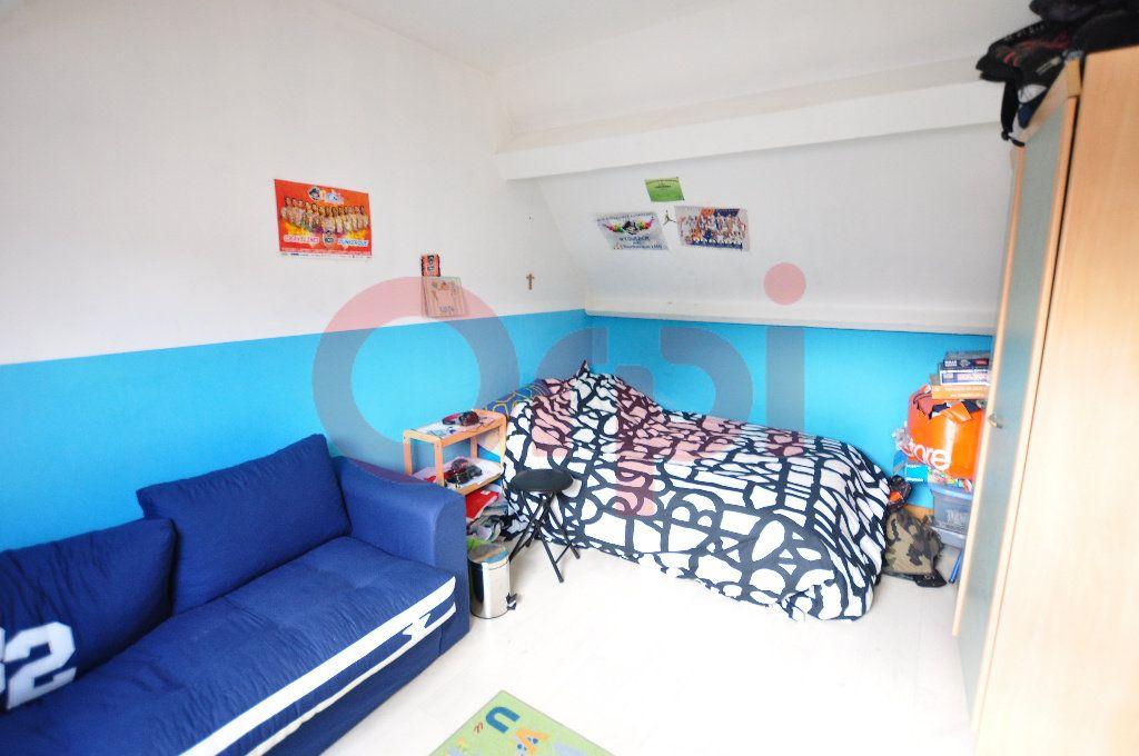 Maison à vendre 3 75m2 à Calais vignette-4
