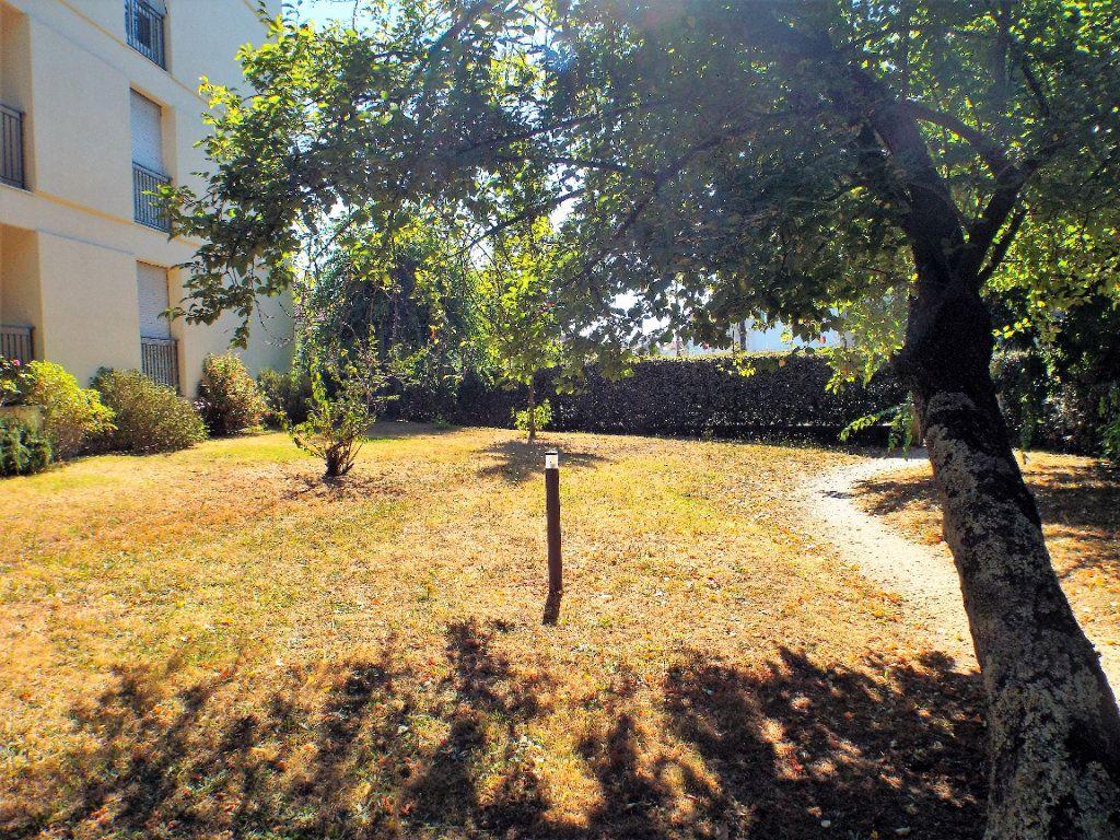 Appartement à vendre 4 93m2 à Bordeaux vignette-4