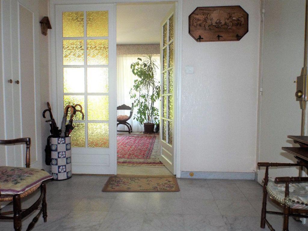 Appartement à vendre 4 93m2 à Bordeaux vignette-8