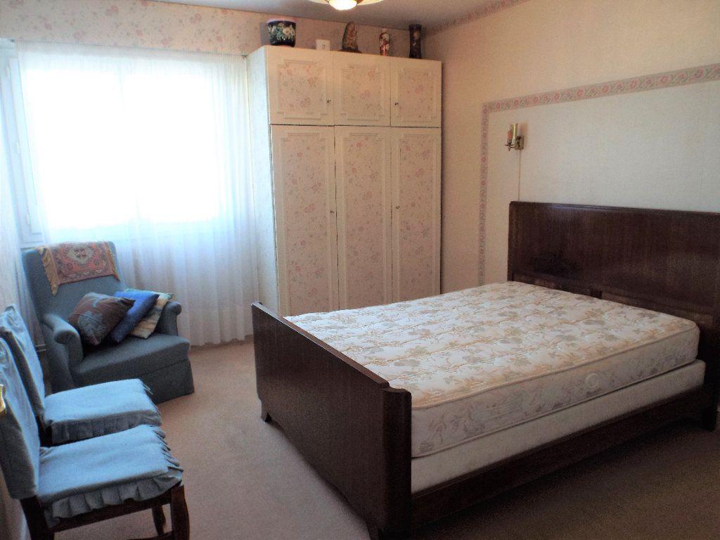 Appartement à vendre 4 93m2 à Bordeaux vignette-9