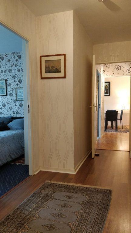 Appartement à louer 3 67m2 à Bordeaux vignette-4