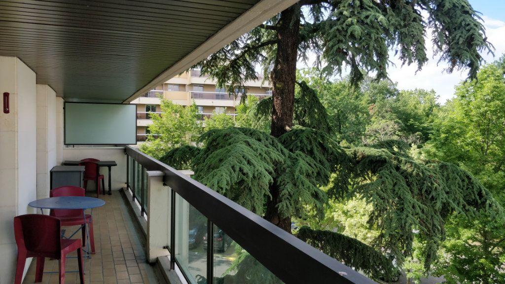 Appartement à louer 3 67m2 à Bordeaux vignette-7