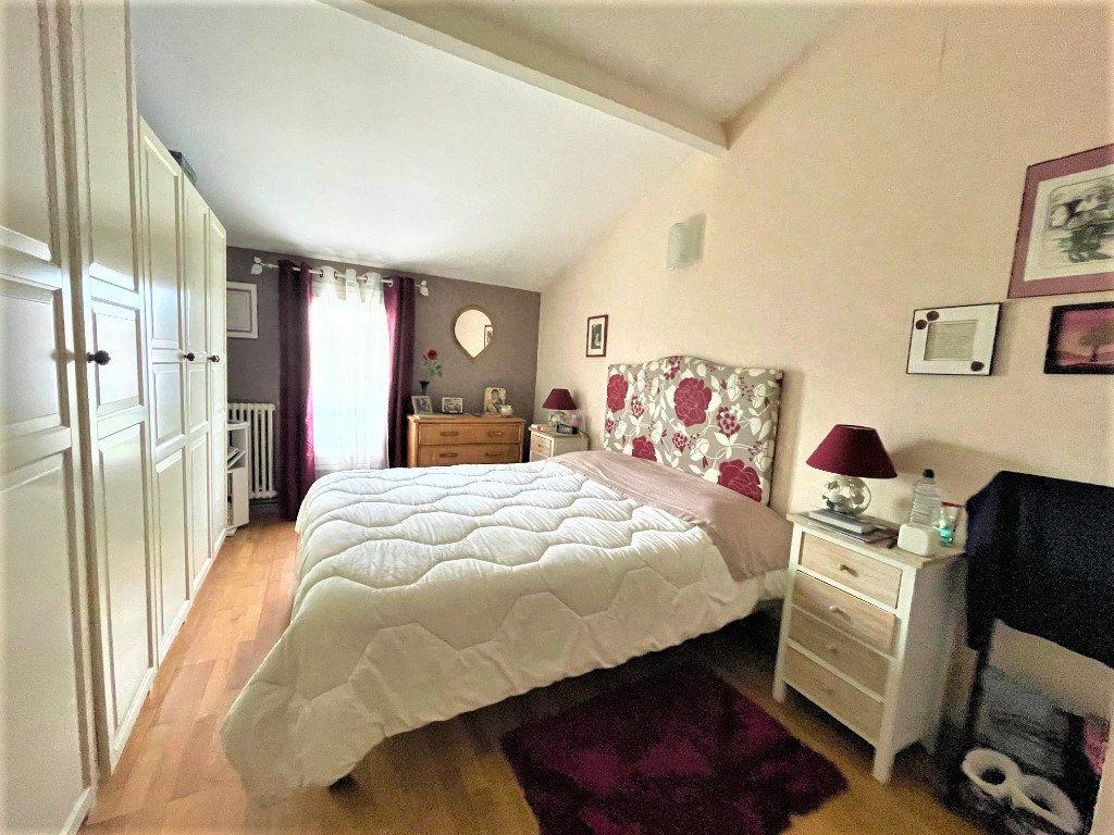 Maison à vendre 6 150m2 à Eysines vignette-4