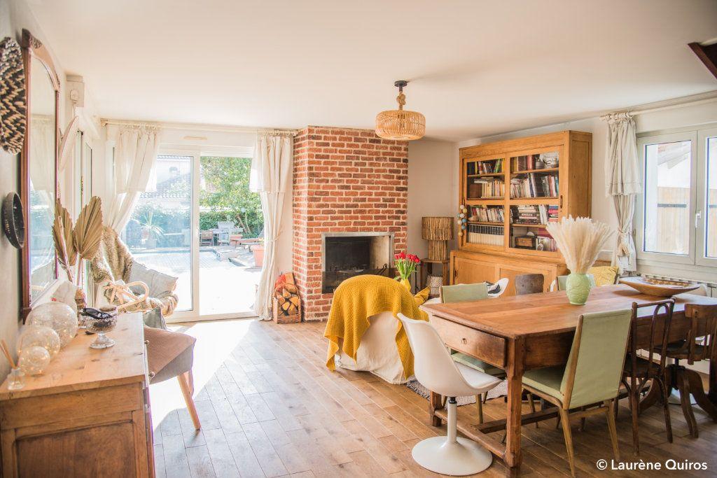 Maison à vendre 6 140m2 à Bordeaux vignette-1