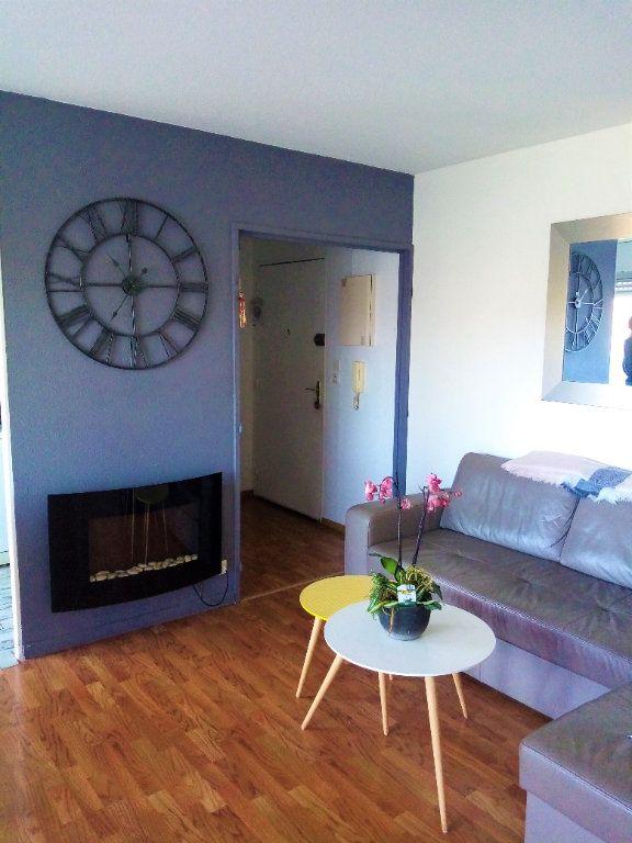 Appartement à vendre 3 60m2 à Bordeaux vignette-1