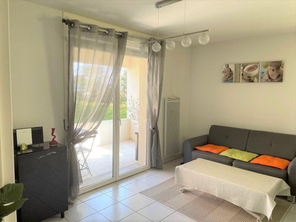 Appartement à vendre 2 45m2 à Eysines vignette-1