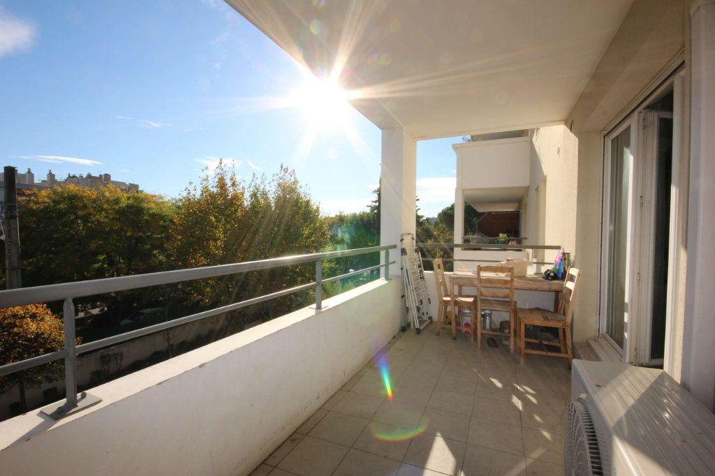 Appartement à vendre 4 76m2 à Marseille 12 vignette-1