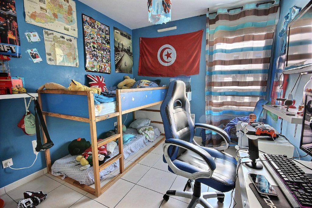 Appartement à vendre 4 76m2 à Marseille 12 vignette-3