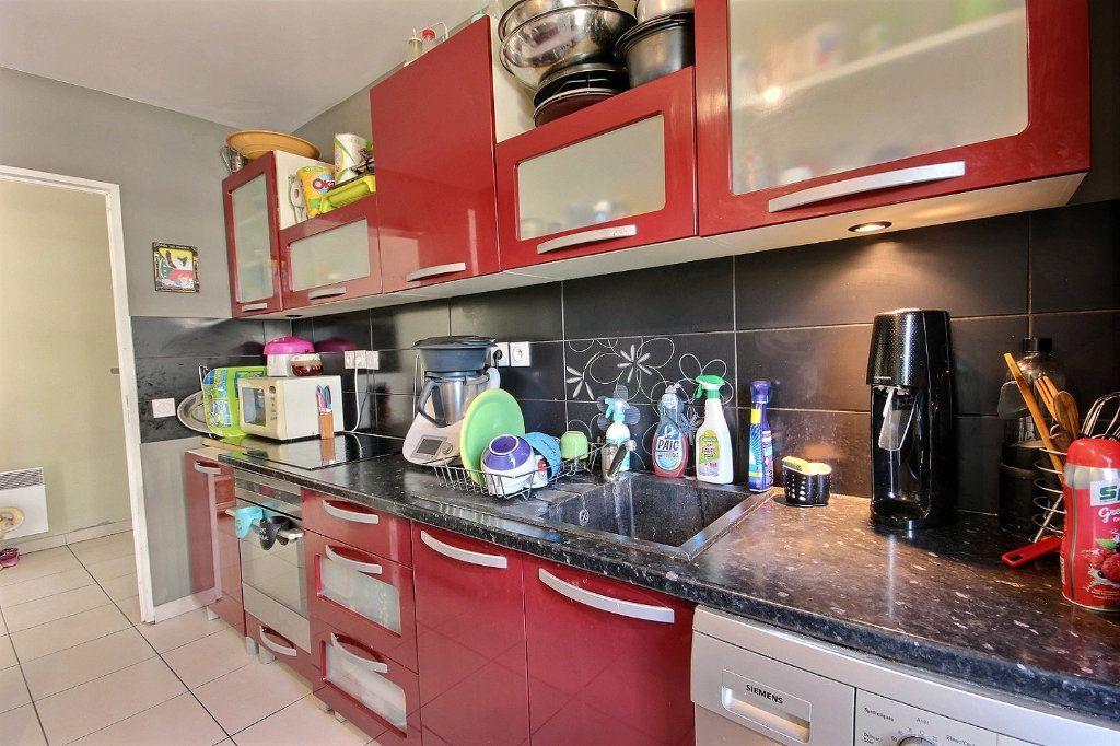 Appartement à vendre 4 76m2 à Marseille 12 vignette-10