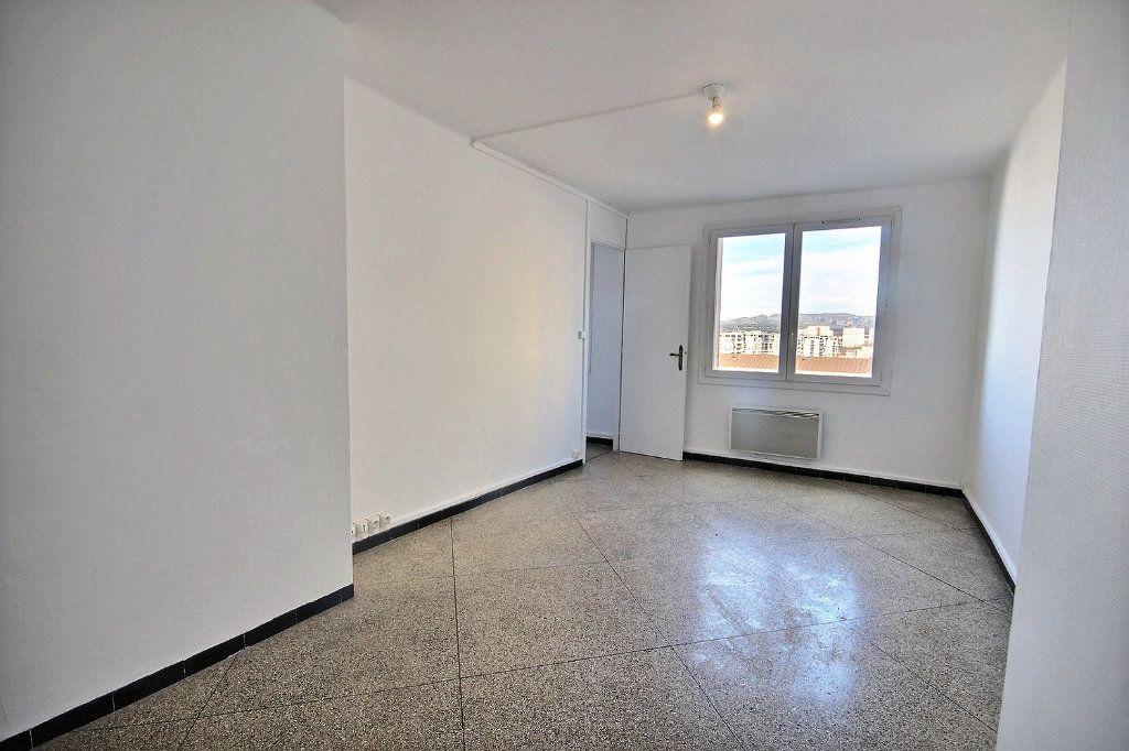 Appartement à vendre 4 62m2 à Marseille 10 vignette-1