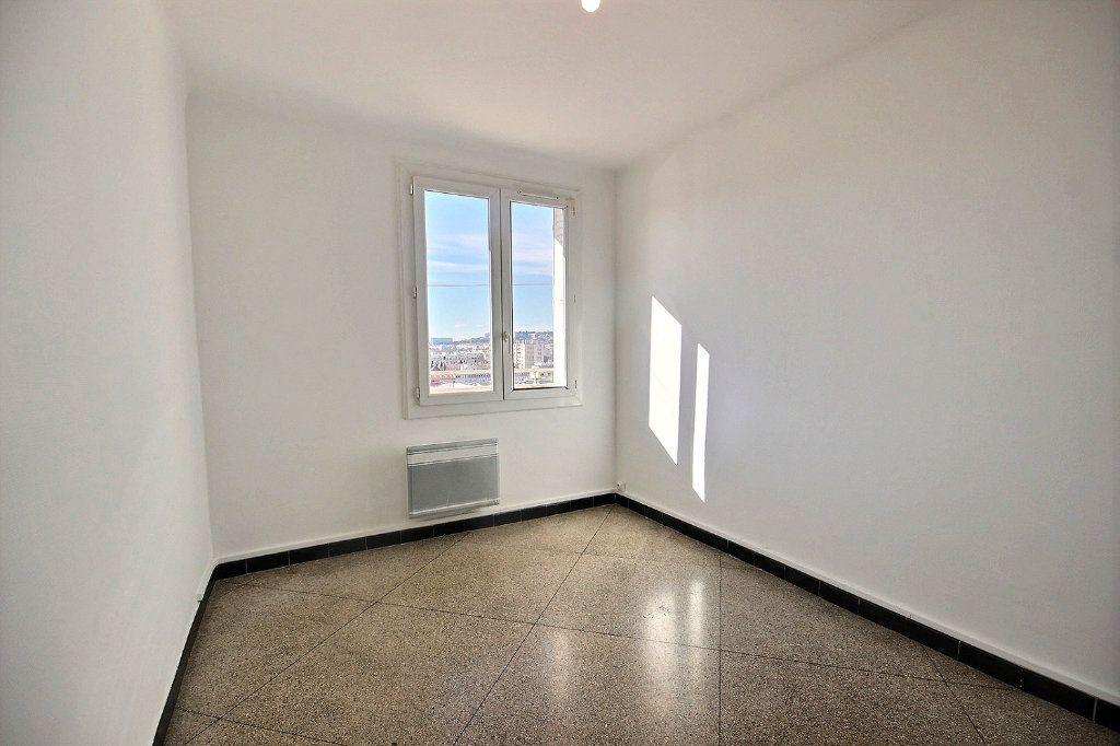 Appartement à vendre 4 62m2 à Marseille 10 vignette-5