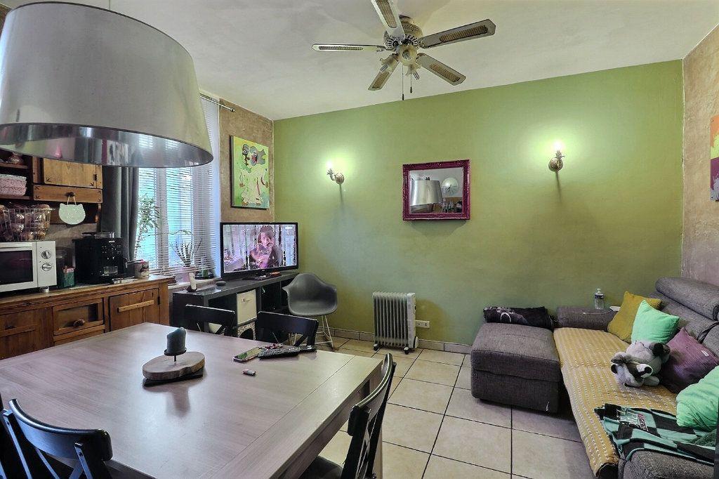 Appartement à vendre 3 55.05m2 à Marseille 5 vignette-3