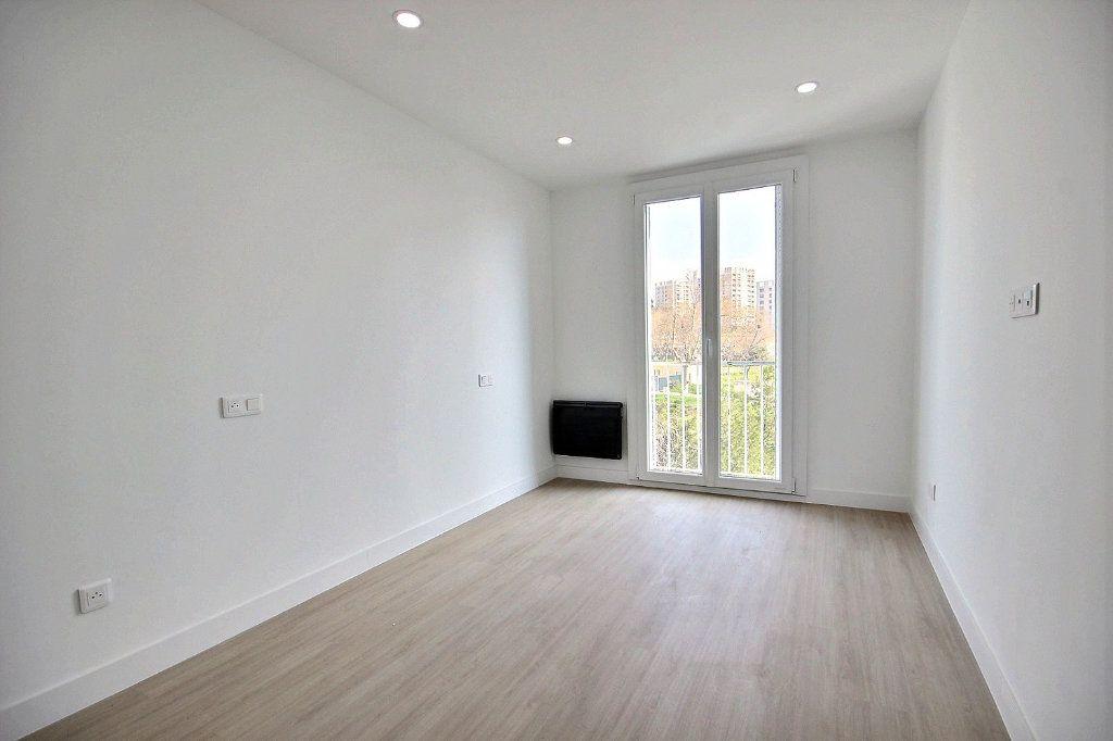 Appartement à louer 3 54.83m2 à Marseille 14 vignette-5