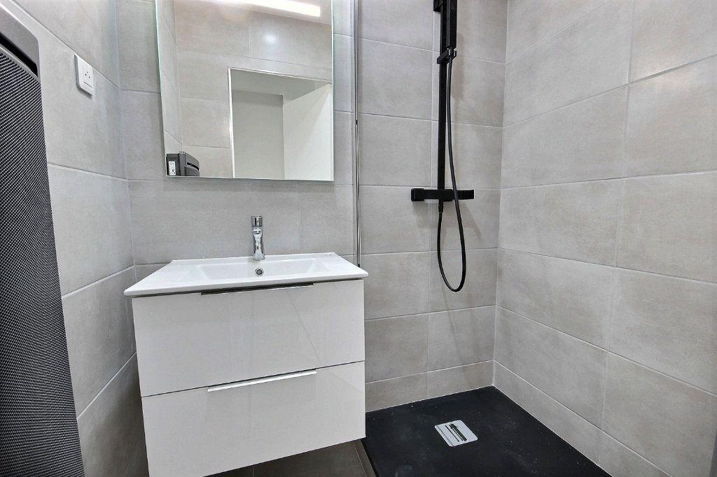 Appartement à louer 3 54.83m2 à Marseille 14 vignette-7