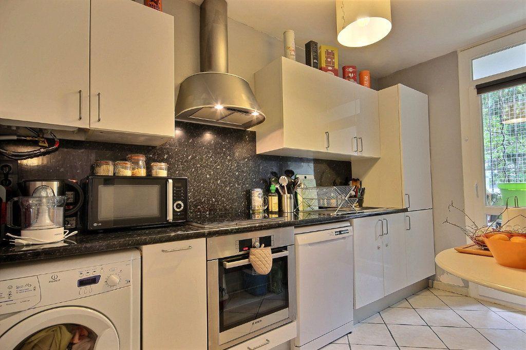 Appartement à vendre 4 72m2 à Marseille 12 vignette-2
