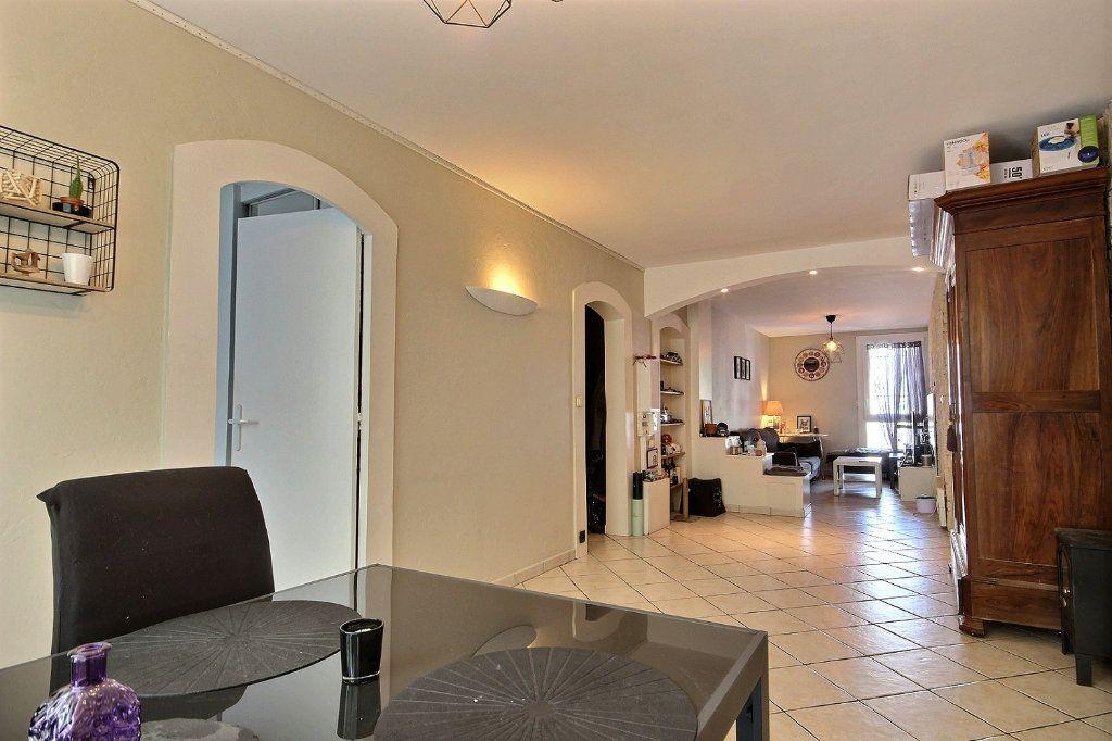 Appartement à vendre 4 72m2 à Marseille 12 vignette-7