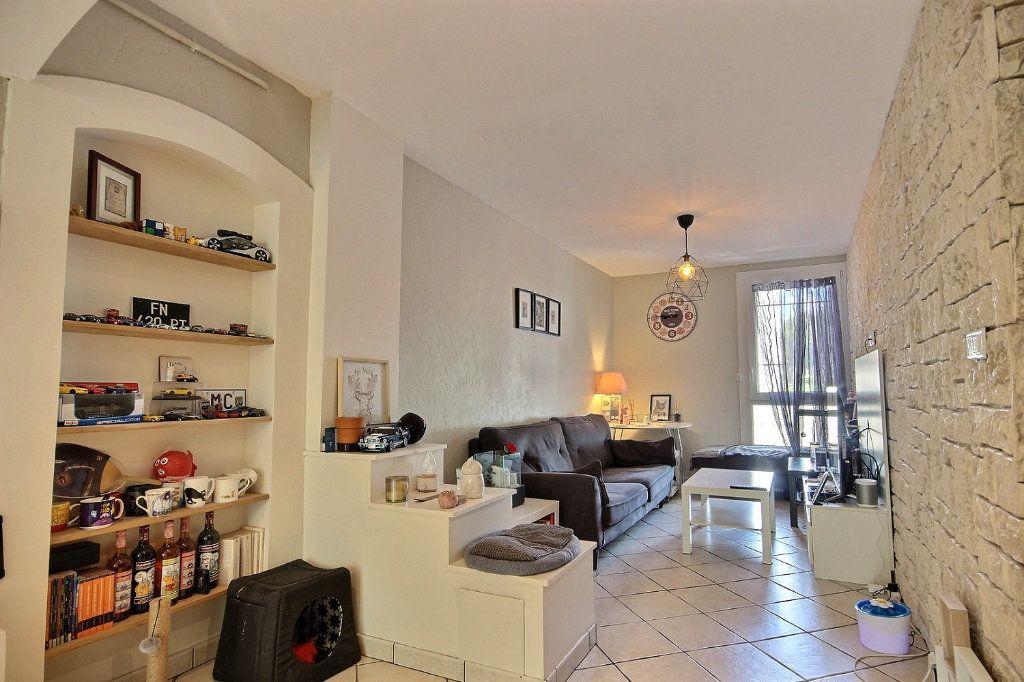 Appartement à vendre 4 72m2 à Marseille 12 vignette-8