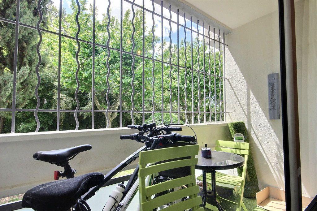 Appartement à vendre 4 72m2 à Marseille 12 vignette-9