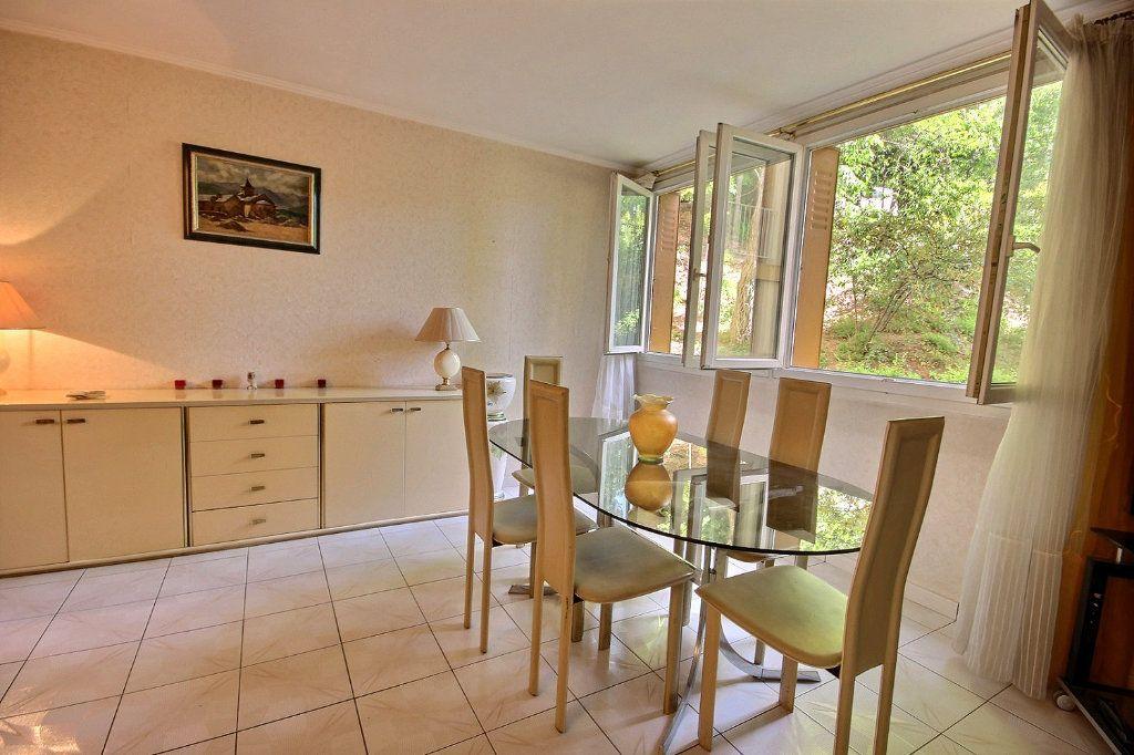 Appartement à vendre 4 75m2 à Marseille 12 vignette-2