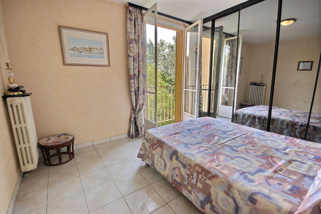 Appartement à vendre 4 75m2 à Marseille 12 vignette-9