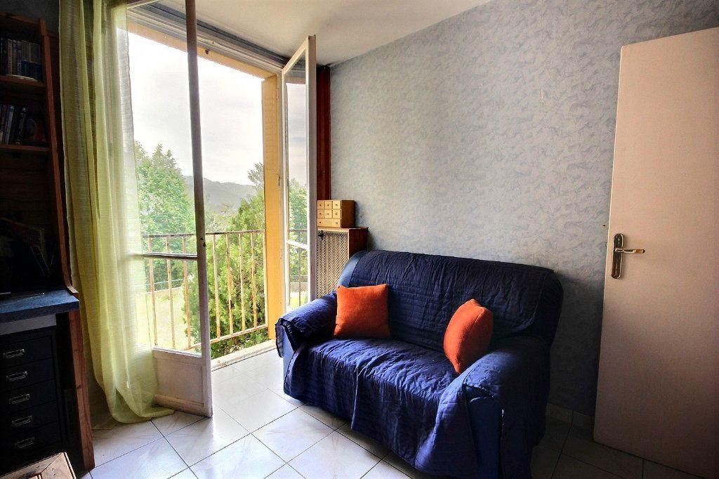 Appartement à vendre 4 75m2 à Marseille 12 vignette-10