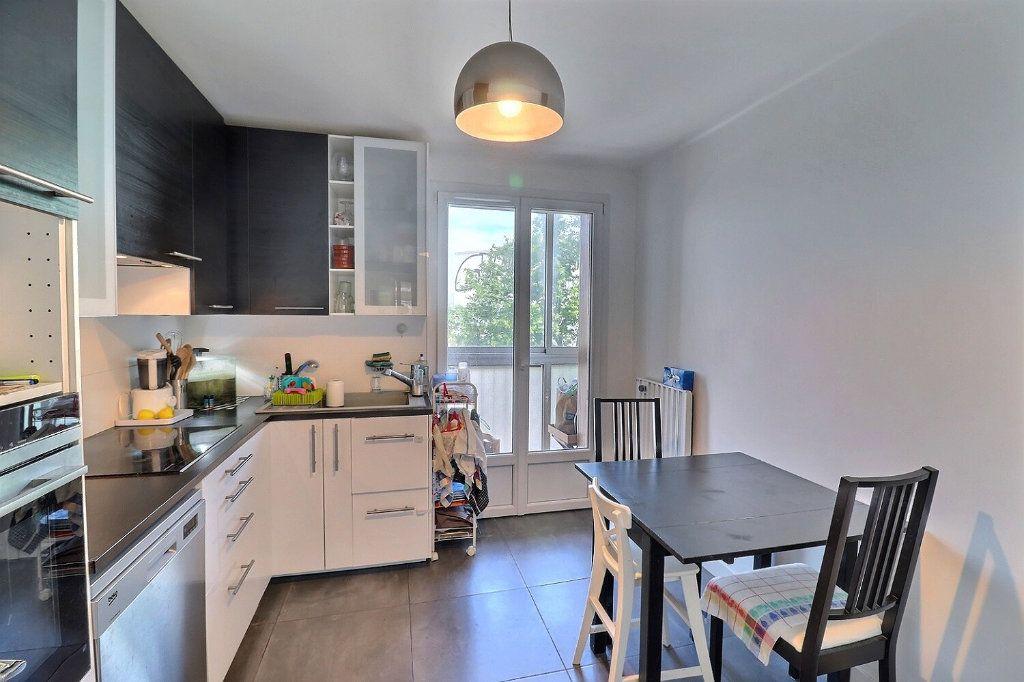 Appartement à vendre 3 78m2 à Marseille 1 vignette-4