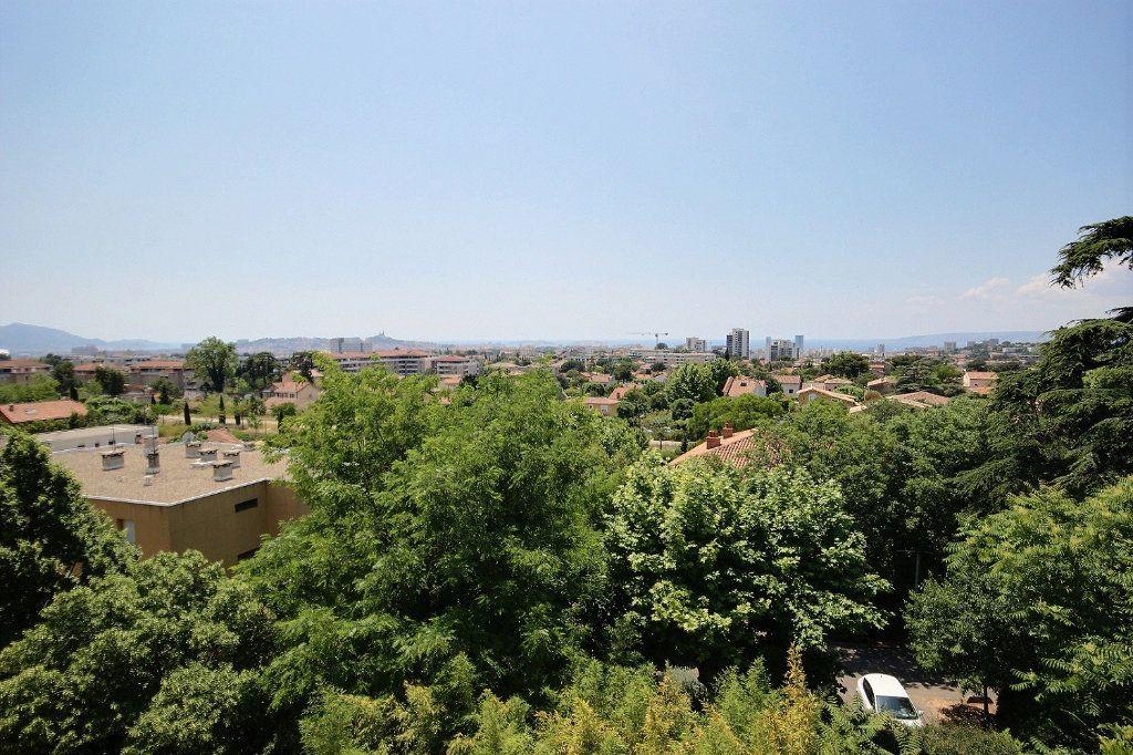 Appartement à louer 3 58.35m2 à Marseille 12 vignette-2