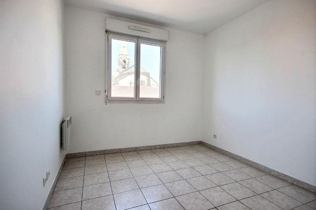 Appartement à louer 3 58.35m2 à Marseille 12 vignette-7