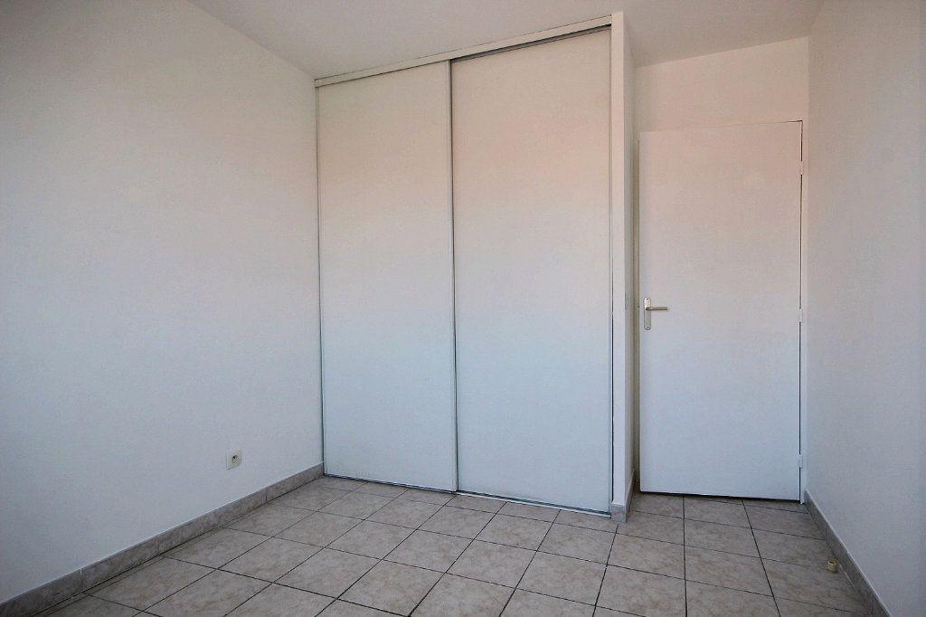 Appartement à louer 3 58.35m2 à Marseille 12 vignette-8