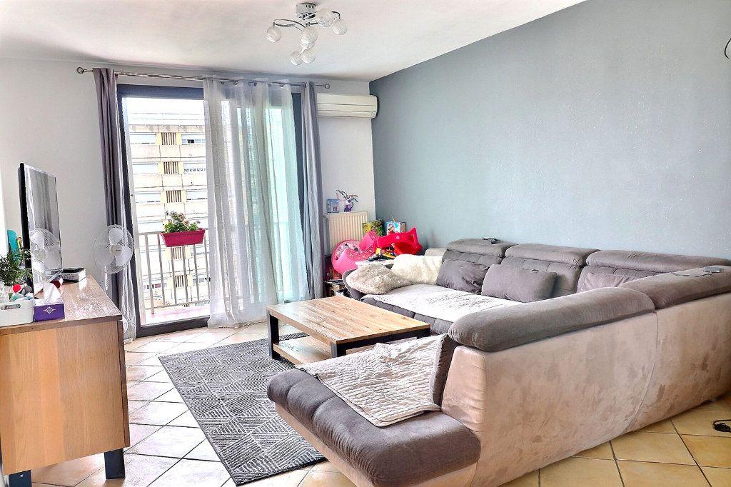Appartement à vendre 3 78m2 à Marseille 4 vignette-1