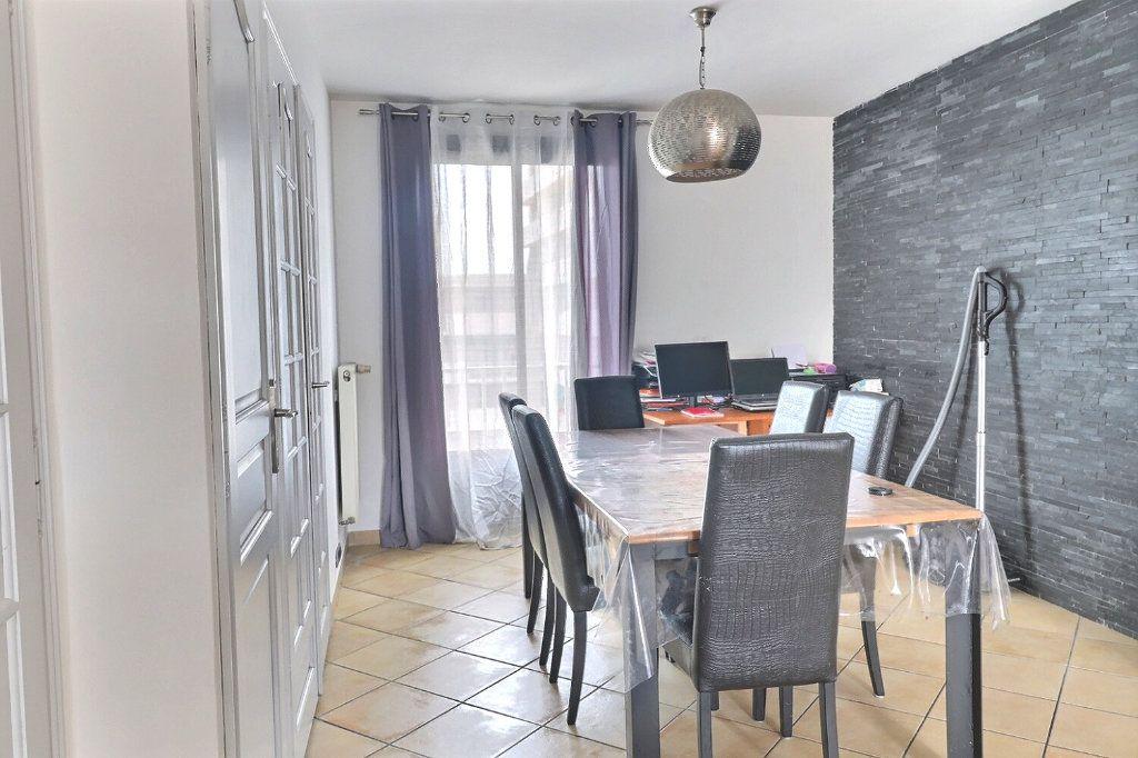 Appartement à vendre 3 78m2 à Marseille 4 vignette-3