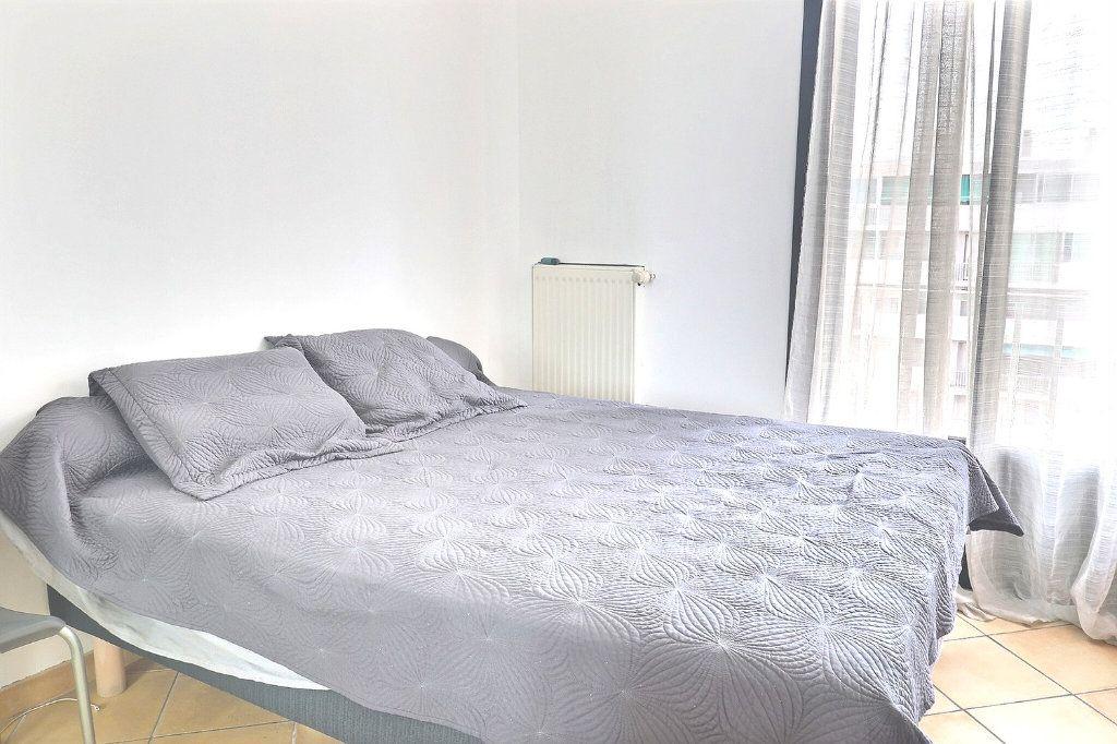 Appartement à vendre 3 78m2 à Marseille 4 vignette-5