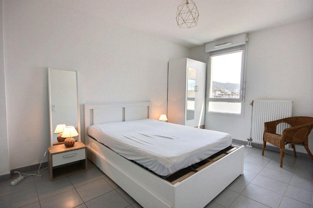 Appartement à louer 2 35.33m2 à Marseille 12 vignette-5