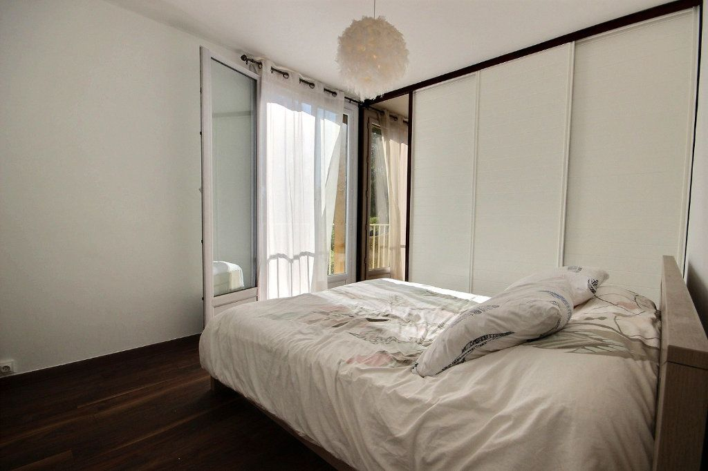 Appartement à vendre 4 77m2 à Marseille 12 vignette-4
