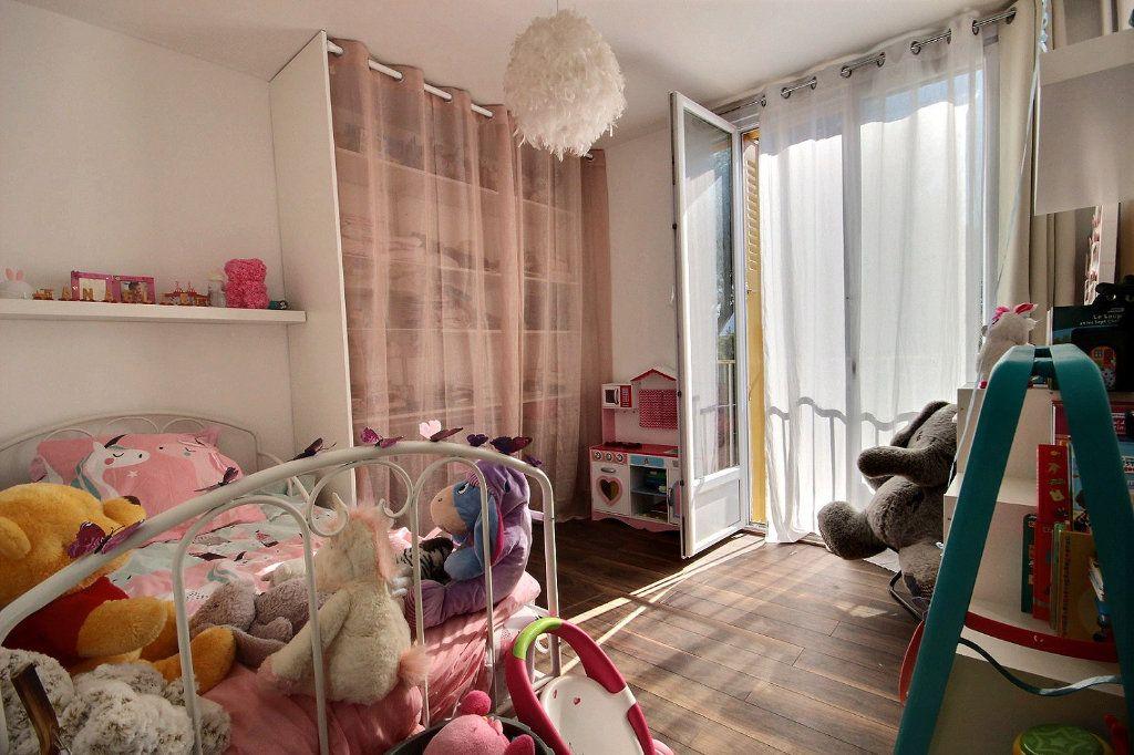 Appartement à vendre 4 77m2 à Marseille 12 vignette-5