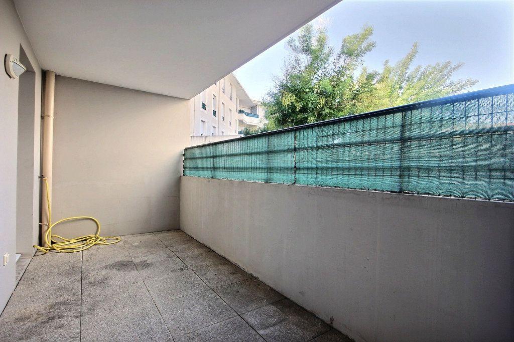 Appartement à louer 1 33.37m2 à Marseille 14 vignette-1
