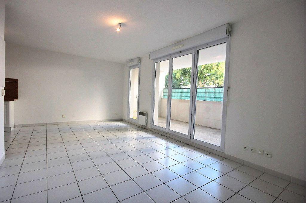 Appartement à louer 1 33.37m2 à Marseille 14 vignette-2