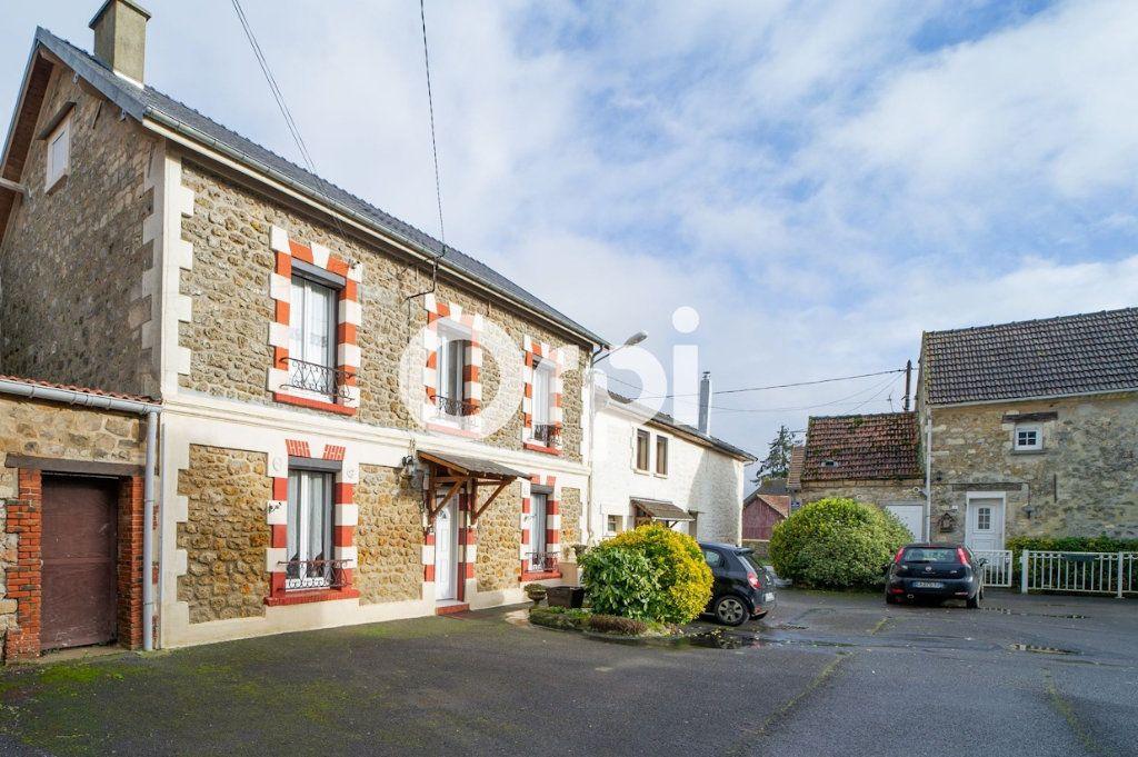 Maison à vendre 10 295m2 à Beugneux vignette-1