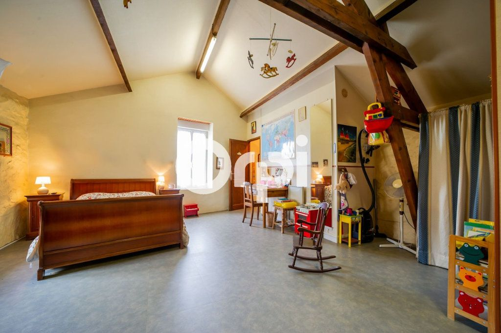 Maison à vendre 10 295m2 à Beugneux vignette-6