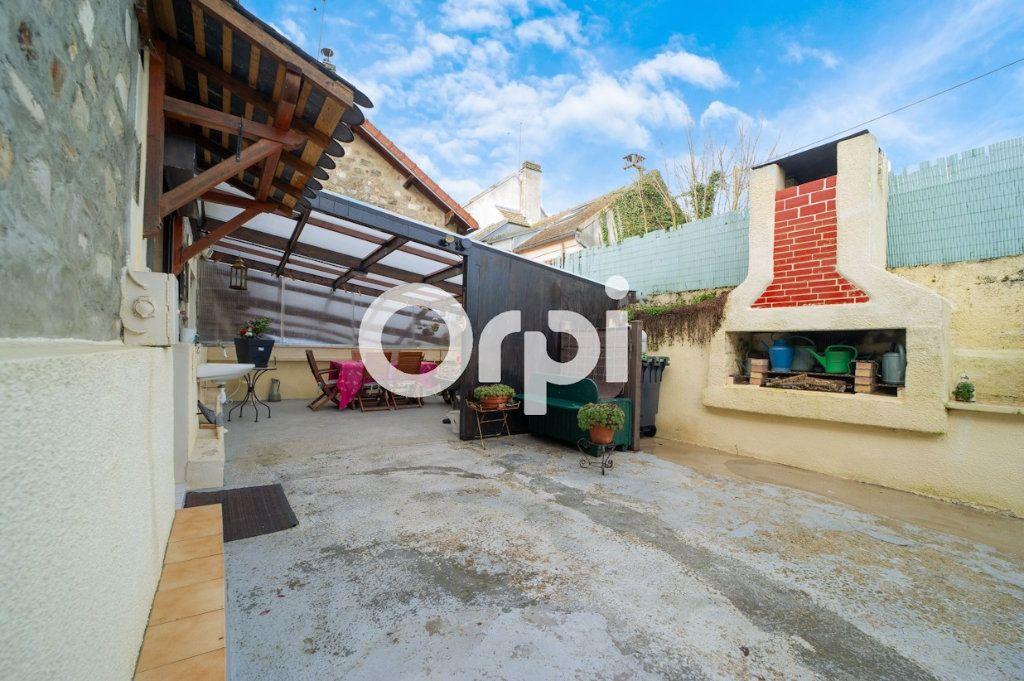 Maison à vendre 10 295m2 à Beugneux vignette-9